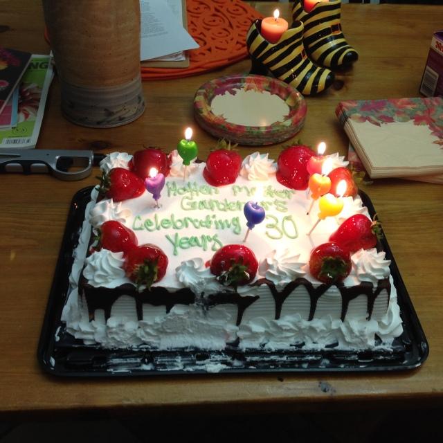 halton-mg-30th-anniversary-birthday-cake